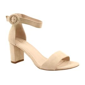 Sandal On Heel Beige Evento 20SD98-1617 bézs