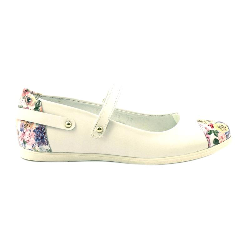 Balerinák lányvirágjai Bartek fehér