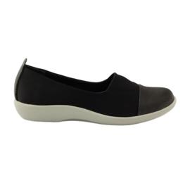 Nagyon kényelmes cipő Aloeloe slipony fekete