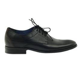 Fekete Nikopol 1677 cipő
