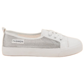 MCKEYLOR háló cipők fehér