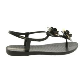 Az Ipanema szandál virágos női cipőt tartalmaz 82662