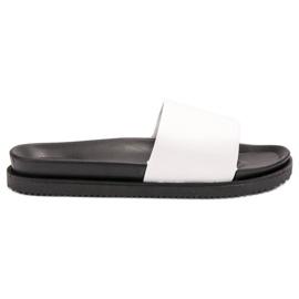 Clowse Fehér női papucs