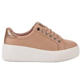 Kylie Sport cipő a platformon barna