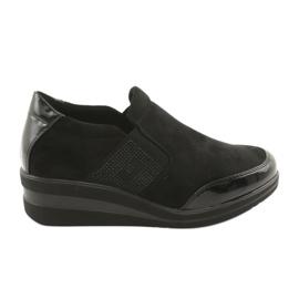 Fekete cipő az égen, Sergio Leone 225