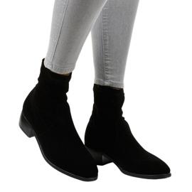 Fekete szigetelt, lapos cipő CN877