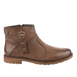 Szigetelt barna csúszó cipő A20182-5