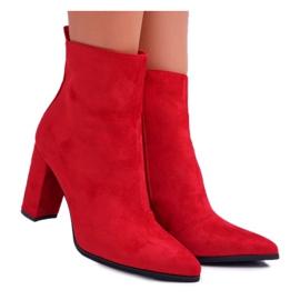 FRID Női bokacsizma, piros V alakú, cipzárral Ferol