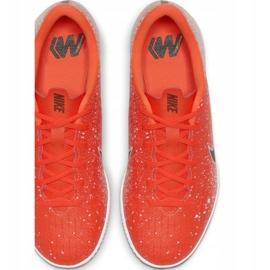 Beltéri cipő Nike Mercurial Vapor X 12 Academy Ic Jr AJ3101-801 fehér, narancs narancs 1