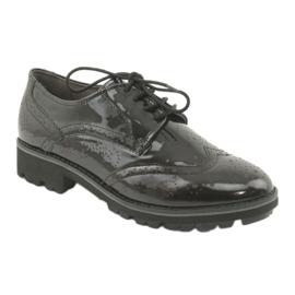 Csipkés cipő Oxford Caprice 23701 1