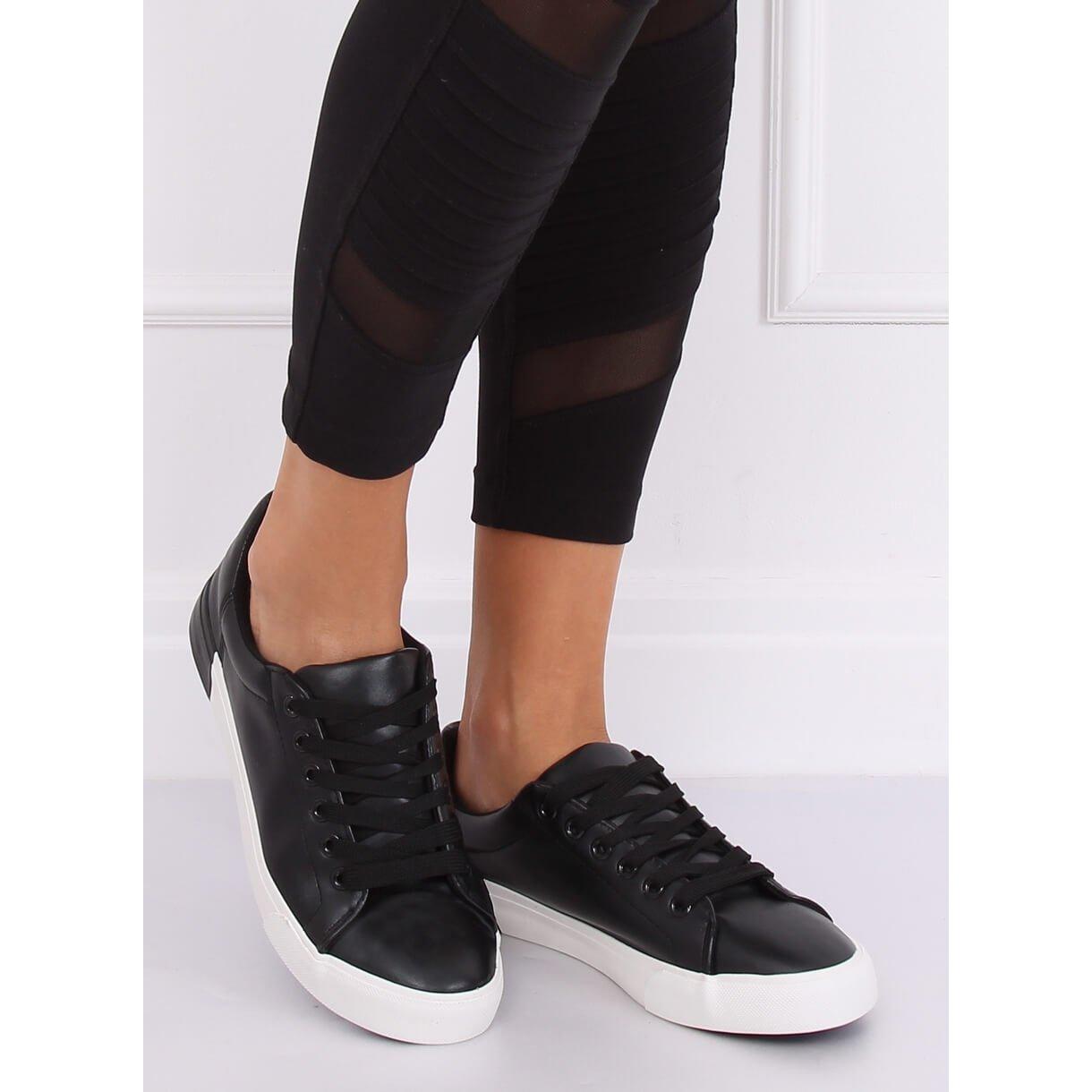 Fekete női cipők A88 29 Fekete