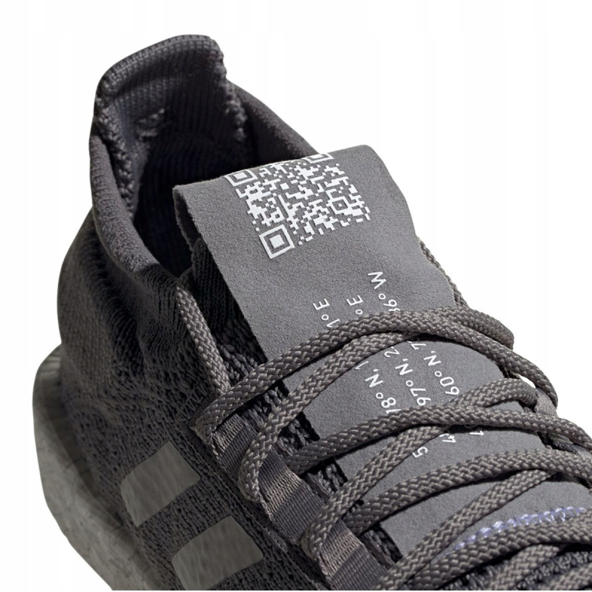 Adidas PulseBOOST Hd M G26932 cipő szürke