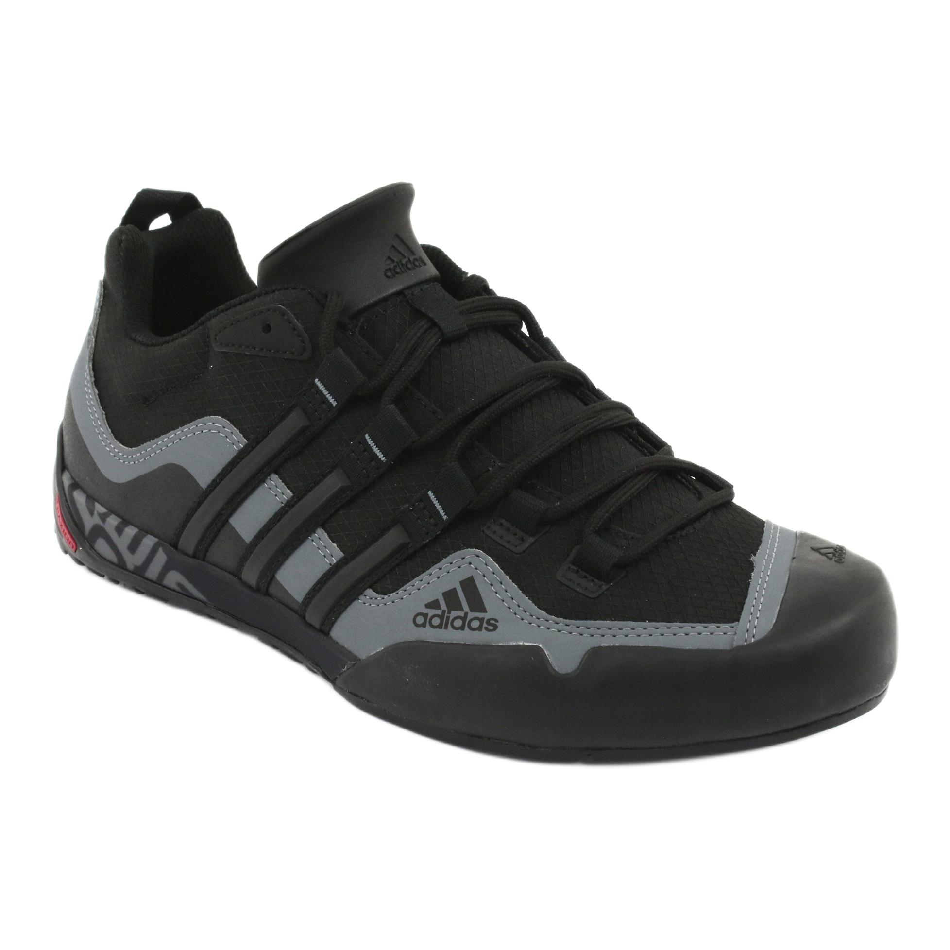 Adidas Terrex Swift Solo M D67031 cipő fekete