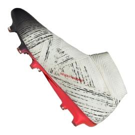 Nike Adidas Nemeziz 18+ Fg M BB9419 futballcipő fehér fehér, szürke / ezüst 1