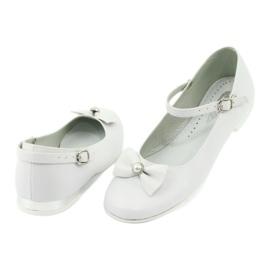 Fehér Miko 806 balerinák 2