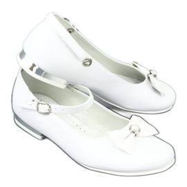 Fehér Miko 806 balerinák 6