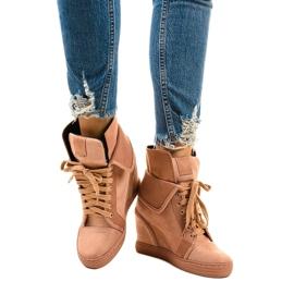 Rózsaszín cipők fűzős ékekkel B12-22 1