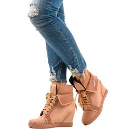 Rózsaszín cipők fűzős ékekkel B12-22 2