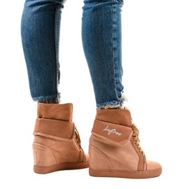 Rózsaszín cipők fűzős ékekkel B12-22 3