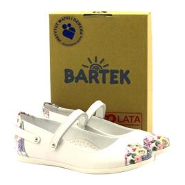 Balerinák lányvirágjai Bartek fehér 4