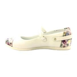 Balerinák lányvirágjai Bartek fehér 2